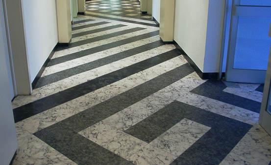 линолеум под плитку в коридор фото